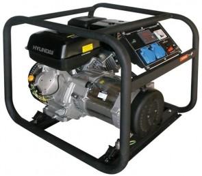 Мотогенератор HYUNDAI - HY3100 - 2,8 kW, 12,1 A, 3,6 л.